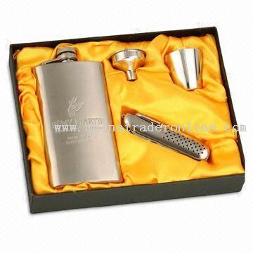 Five-piece Hip Flask Set with Mirror or Satin Finish